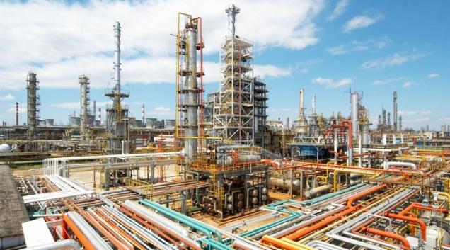 BR-Distribuidora-não-disputará-compra-de-refinarias