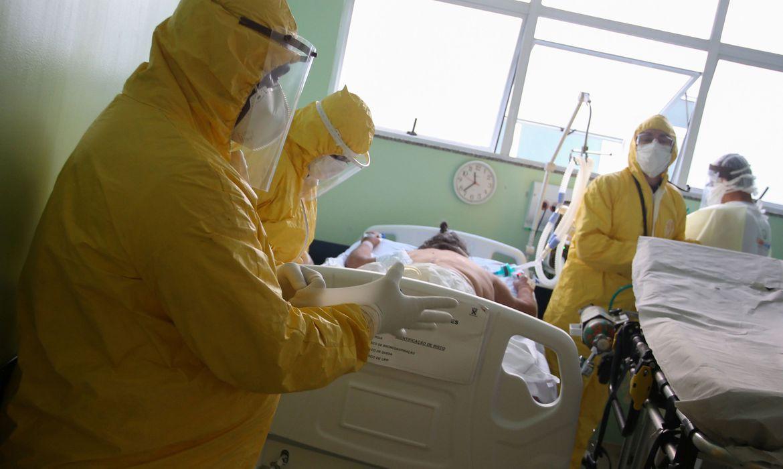 2020-05-13t010437z_1571908268_rc2dng9boty1_rtrmadp_3_health-coronavirus-brazil-1