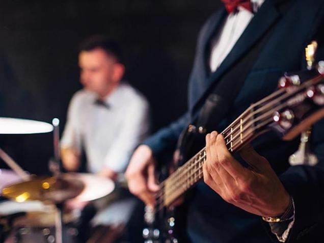 musica-ao-vivo-em-bares-e-restaurante (1)